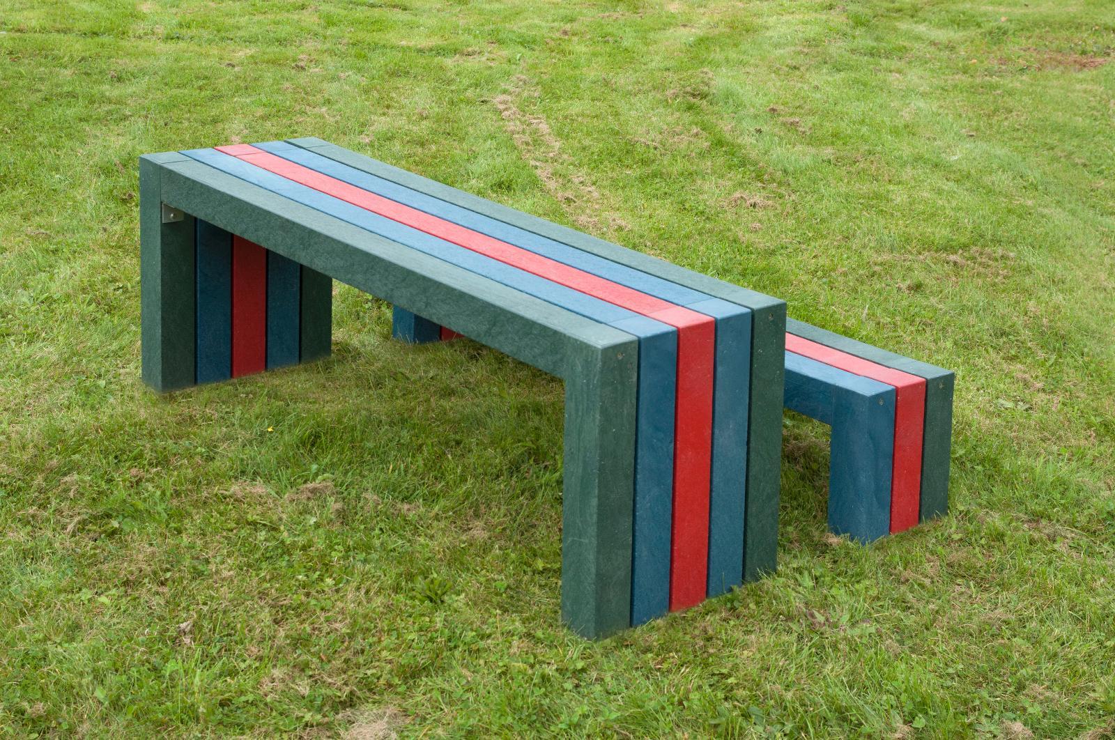 mobiliario plastico reciclado